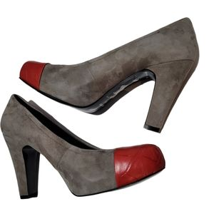 Nine West Grey Suede leather red toe shoe Sz 7.5